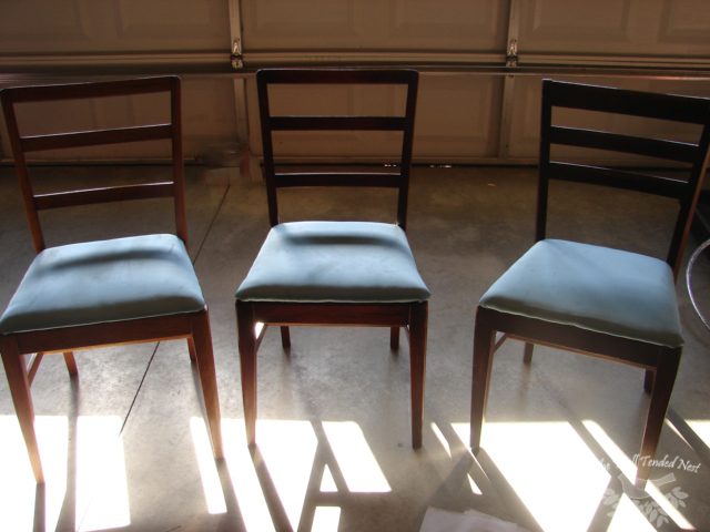 How to refinish dining room chairs recipes home decor for Refinishing dining room chairs